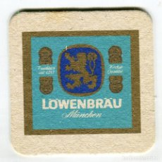 Coleccionismo de cervezas: POSAVASOS LÖWENBRÄU CERVEZA CARTON DURO IMAGEN DOS CARAS. Lote 141767482