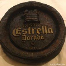 Coleccionismo de cervezas: CERVEZA ESTRELLA DORADA ANTIGUO FRONTAL BARRIL CERVEZAS DAMM 48 X 11 CM. Lote 145184906