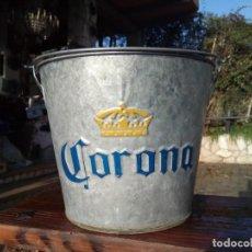 Coleccionismo de cervezas: CUBO DE PUBLICIDAD CERVEZA CORONA CON ABRIDOR. Lote 146058982