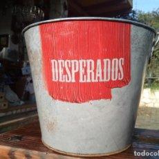 Coleccionismo de cervezas: CUBO DE PUBLICIDAD CERVEZA DESPERADOS CON ABRIDOR. Lote 146059370