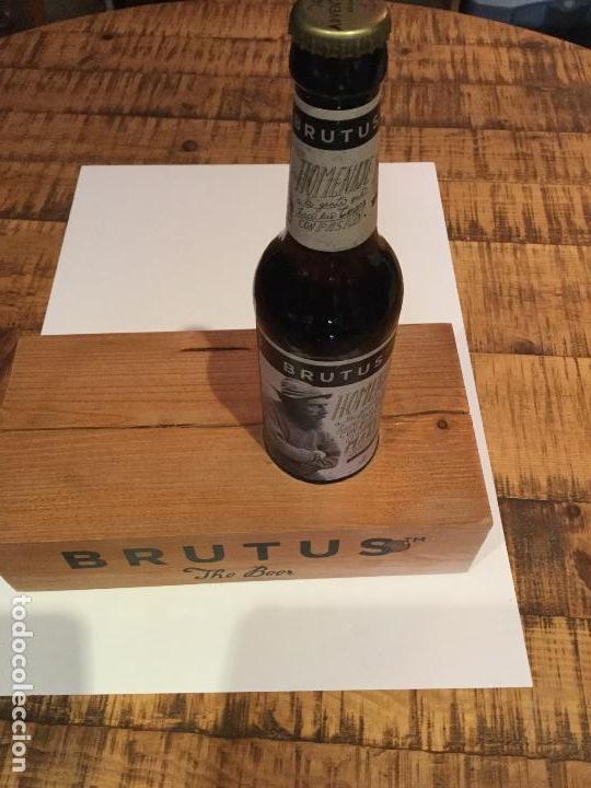 Coleccionismo de cervezas: Expositor exhibidor oficial cerveza BRUTUS - Foto 2 - 134281222