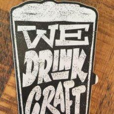 Coleccionismo de cervezas: PEGATINA CERVEZA U.S.A FOUNDERS WE DRINK CRAFT. Lote 147002042
