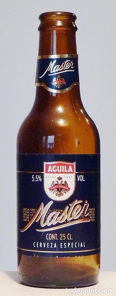 BOTELLA CERVEZA ÁGUILA MASTER 25 CL - VACÍA (Coleccionismo - Botellas y Bebidas - Cerveza )