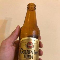Coleccionismo de cervezas: BOTELLA ANTIGUA DE CERVEZA GOLDEN BIER TURIA. Lote 152831794