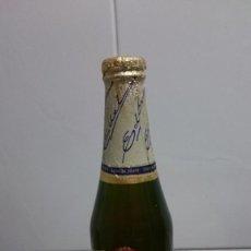 Coleccionismo de cervezas: BOTELLA CERVEZA DAMM EDEL CERVEZA SUAVE CHAPA Y LIQUIDO ORIGINAL. Lote 155798298