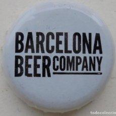 Coleccionismo de cervezas: CHAPA DE CERVEZA BARCELONA BEER. CERVEZA ARTESANA. FABRICANTE -U-. Lote 161836914