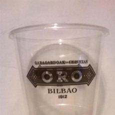 Coleccionismo de cervezas: VASO DE PLASTICO CERVEZAS ORO. Lote 166641622