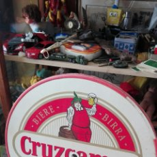 Coleccionismo de cervezas: TABLERO MESA CRUZCAMPO CERVEZA. Lote 167572777