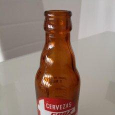 Coleccionismo de cervezas: BOTELLA DE CERVEZA SERIGRAFIADA CRUZ BLANCA 1/5 PRECIOSA. Lote 168616084