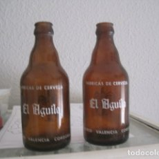 Coleccionismo de cervezas: LOTE DE DOS BOTELLAS DE TERCIO EL AGUILA. Lote 172882017