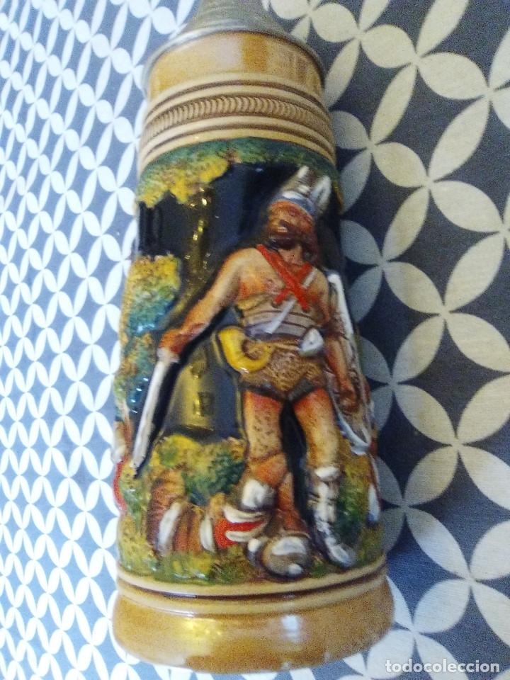 Coleccionismo de cervezas: JARRA PARA CERVEZA TIPO ALEMANA CON TAPA - Foto 2 - 176774720