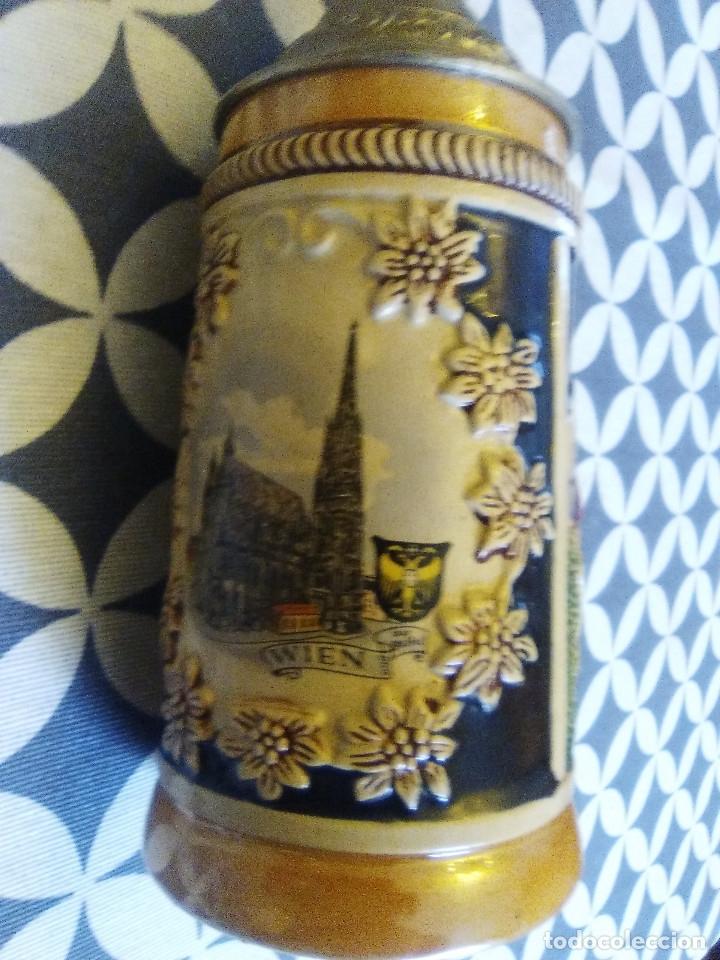 Coleccionismo de cervezas: JARRA PARA CERVEZA TIPO ALEMANA CON TAPA - Foto 2 - 176774825