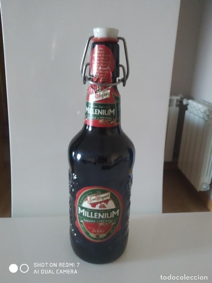 BOTELLA DE CERVEZA CRUZCAMPO (Coleccionismo - Botellas y Bebidas - Cerveza )