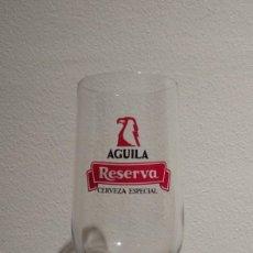 Coleccionismo de cervezas: ANTIGUA COPA DE CERVEZA ÁGUILA RESERVA - CERVEZA ESPECIAL. Lote 181082445
