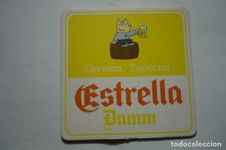 POSAVASOS CARTON DURO ESTRELLA DAMM (Coleccionismo - Botellas y Bebidas - Cerveza )