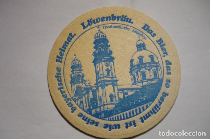POSAVASOS CARTON DURO LOWENBRAU (Coleccionismo - Botellas y Bebidas - Cerveza )