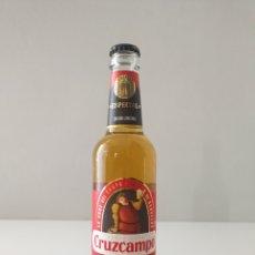 Coleccionismo de cervezas: FALLO DE PRODUCCIÓN EN BOTELLA DE CERVEZA CRUZCAMPO EDICIÓN LIMITADA. Lote 186227192