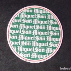 Coleccionismo de cervezas: CERVEZA-POSAVASOS-V28-BEER-I-SAN MIGUEL. Lote 186324725