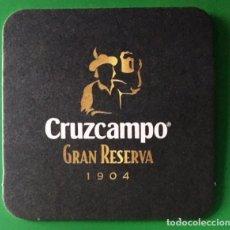 Coleccionismo de cervezas: POSAVASOS CRUZCAMPO GRAN RESERVA. Lote 195252673