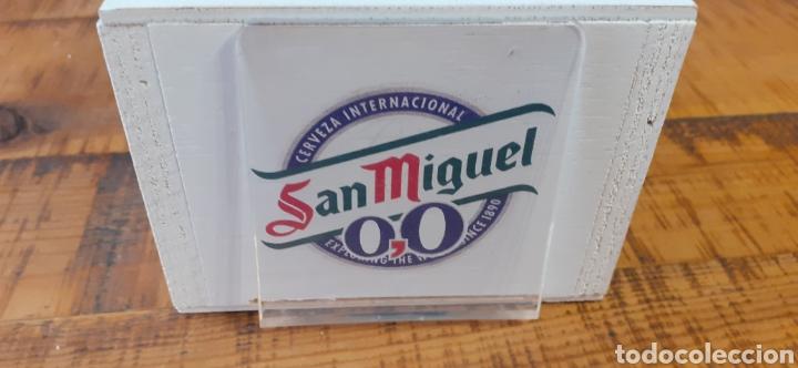 Coleccionismo de cervezas: SAN MIGUEL EXPLORING THE WORLD /0,0 - SERVILLETERO DE MADERA - CERVEZA LLEIDA - Foto 6 - 195390098