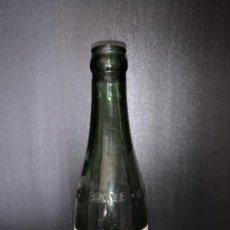 Coleccionismo de cervezas: LOTE DE BOTELLA CERVEZA LA SALVE 1/3 ETIQUETA Y RELIEVE. Lote 195417351