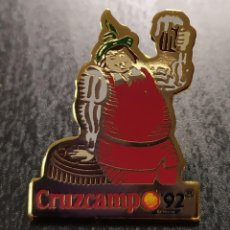 Collectionnisme de bières: PIN GAMBRINUS CRUZCAMPO. EXPO 92. Lote 202485560