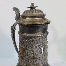 Coleccionismo de cervezas: JARRA DE CERVEZA CAMPEONATO DE FUTBOL 1902. Lote 210073295
