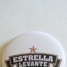 Coleccionismo de cervezas: CHAPA DE CERVEZA ESTRELLA LEVANTE - IMAN Y SACACHAPA DE 58MM. Lote 213519948