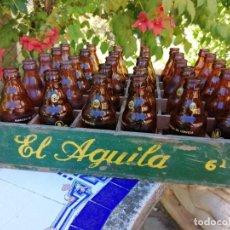 Coleccionismo de cervezas: ANTIGUA CAJA DE CERVEZAS EL ÁGUILA COMPLETA 30 BOTELLINES. Lote 213671575