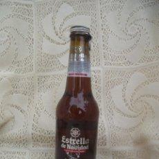 Coleccionismo de cervezas: BOTELLA LLENA CERVEZA ESTRELLA GALICIA. ESTRELLA DE NAVIDAD 2010. Lote 222180668