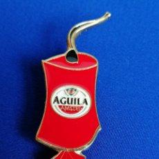 Coleccionismo de cervezas: PIN CERVEZA AGUILA -MASCLET FALLAS. Lote 222311523
