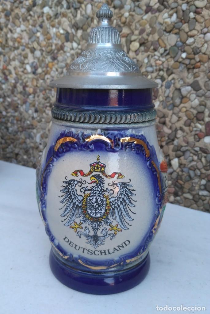 GRANDE JARRA DE CERVEZA ALEMANA EN CERAMICA DEUTSCHLAND CON TAPA ZINC FORMA CONO GRABADA (Coleccionismo - Botellas y Bebidas - Cerveza )