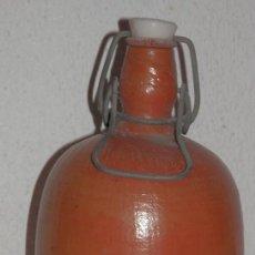 Coleccionismo de cervezas: BOTELLA VINTAGE DE LA CERVEZA BUREKORN. Lote 234400500