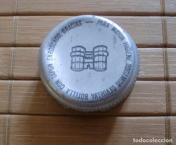 TAPÓN DE ROSCA METÁLICO CERVEZA EL TURIA VALENCIA (Coleccionismo - Botellas y Bebidas - Cerveza )