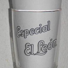 Coleccionismo de cervezas: VASO ANTIGUO DE LA CERVEZA ESPECIAL EL LEON. Lote 255552435