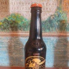 Coleccionismo de cervezas: BOTELLA CERVEZA ARTESANAL SERIGRAFIADA RONDADORA TRONZADORA ZONA ZERO. Lote 264252420