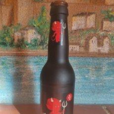 Coleccionismo de cervezas: BOTELLA CERVEZA ARTESANAL BELZEBUTH VACIA. Lote 264254156