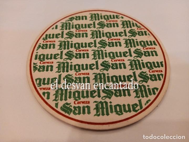 CERVEZA SAN MIGUEL. ANTIGUO POSAVASOS PUBLICITARIO (Coleccionismo - Botellas y Bebidas - Cerveza )