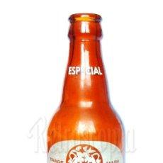 Coleccionismo de cervezas: ESCASA BOTELLA BOTELLÍN TERCIO DE CERVEZA EL LEÓN ESPECIAL SAN SEBASTIÁN MARRON 33 CL. 1/3 CERVEZAS. Lote 276409483