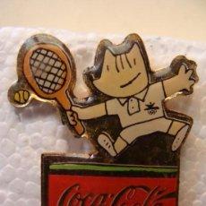 Coleccionismo de Coca-Cola y Pepsi: PIN DE COCA COLA. COBI. TENIS. JUEGOS OLÍMPICOS BARCELONA 1992. . . Lote 15785998