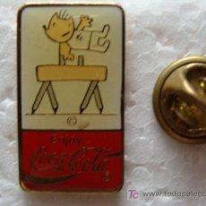 Coleccionismo de Coca-Cola y Pepsi: PIN DE COCA COLA. GIMASIA. POTRO CON ARCOS COBI. JJOO BARCELONA 1992. AÑOS 80. USA. . Lote 8554439