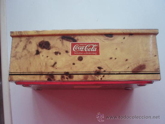 Coleccionismo de Coca-Cola y Pepsi: Antigua lata de Coca Cola en - Foto 2 - 40007048