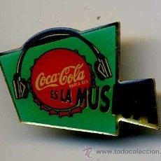 Coleccionismo de Coca-Cola y Pepsi: BONITO PIN DE COCA COLA MAS PINS Y MUCHO MAS EN MIS ARTICULOS ENTRA Y HECHALES UN VISTAZO. Lote 11010345
