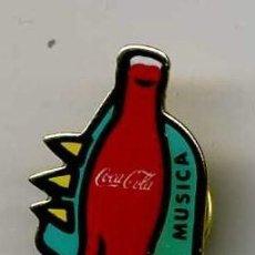 Coleccionismo de Coca-Cola y Pepsi: BONITO PIN DE COCA COLA MAS PINS Y MUCHO MAS EN MIS ARTICULOS ENTRA Y HECHALES UN VISTAZO. Lote 11010349