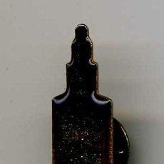 Coleccionismo de Coca-Cola y Pepsi: BONITO PIN DE COCA COLA DE LA TORRE DEL ORO . Lote 11010365