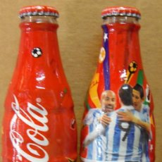 Coleccionismo de Coca-Cola y Pepsi: BOTELLA COCA COLA VACIA CON CHAPA MUNDIAL 2010 DE ARGENTINA. Lote 28229099