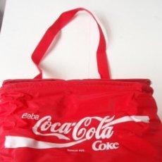 Coleccionismo de Coca-Cola y Pepsi: BONITA BOLSA NEVERA DE LA CASA COCA COLA NUEVA DE LOS AÑOS 90. Lote 26518796
