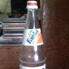 Coleccionismo de Coca-Cola y Pepsi: BOTELLA DE FANTA DE NARANJA CON PEGATINAS AÑO 93. Lote 31127894