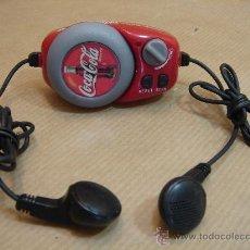 Coleccionismo de Coca-Cola y Pepsi: MINI RADIO AURICULARES - COCA COLA - WATER RESISTAN - COCACOLA COKE . Lote 31275307