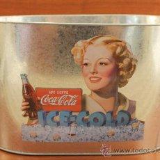 Coleccionismo de Coca-Cola y Pepsi: CUBITERA DE METAL SERIGRAFIADA Y CON RELEVES PUBLICIDAD COCA COLA COCA-COLA COCACOLA. Lote 33365711
